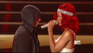 Rihanna ft Eminem - Not Afraid &amp;amp; Love The Way You Lie @ MTV Video Music Awards 2010 |9-12-10| MPEG2 DD5.1 HDTV 1080i