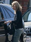 Калиста Флокхат, фото 1. Calista Flockhart spotted out and about in Santa Monica 08-10-2010, photo 1