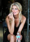Marisa Miller (28Mb x 23 pics) Foto 529 (������ ������ (28Mb X 23 ����) ���� 529)