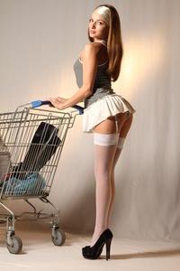 http://img215.imagevenue.com/loc401/th_999409694_tduid300163_MetArt_Entita_Alyssa_A_high_0002_123_401lo.jpg