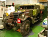 http://img215.imagevenue.com/loc409/th_55227_M3_Scout_Car3_Bovington_tank_museum_122_409lo.jpg