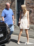Тайлор Свифт, фото 12195. Taylor Swift Bondi Beach after breakfast at Bill Darlinghurst in Sydney - 08.03.2012, foto 12195