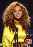 th_38168_Beyonce_BET_Awards_in_LA_July_1_2012_16_122_565lo.jpg
