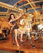Мила Кунис, фото 1972. Mila Kunis - Harper's Bazaar April 2012 / (MQ), foto 1972,